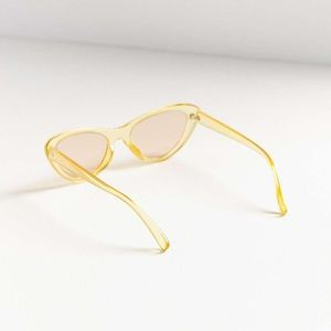 URBAN OUTFITTERS ESSENTIAL CRYSTAL CATEYE